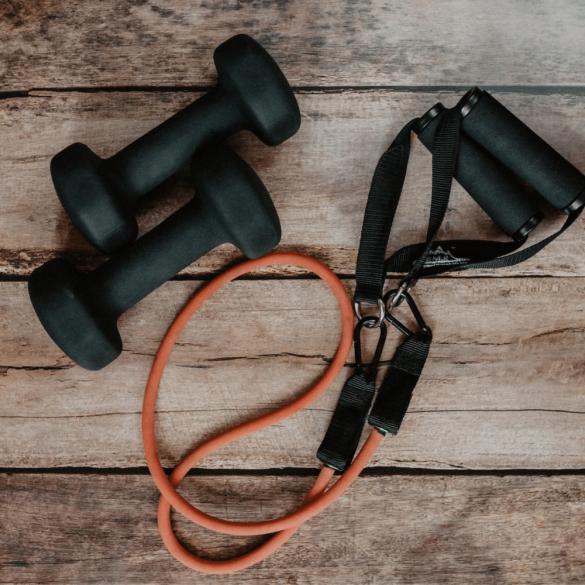 De 3 beste oefeningen bij het versterken van de heupen